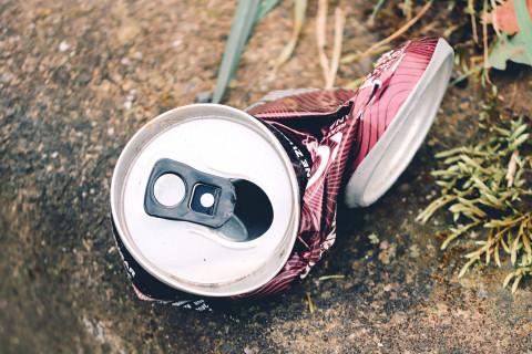 Die Menschen wollen mehr Recyclingbehälter