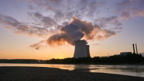 Schulpreis für kritische Auseinandersetzung mit Atomkraft